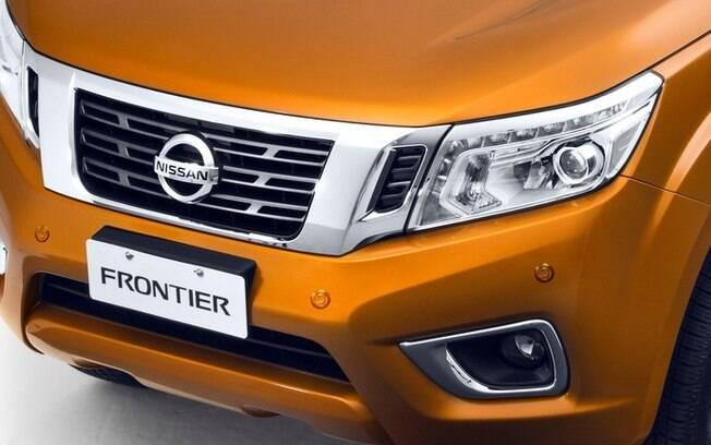 Nissan Frontier pode receber sensores embutidos nos para-choques para ajudar nas manobras de estacionamento