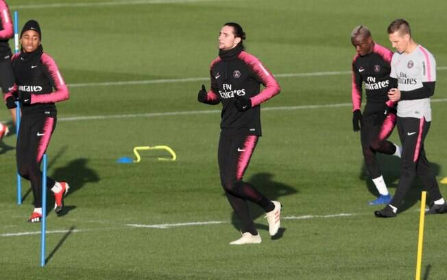 Adrien Rabiot voltou aos treinos do PSG nesta quarta-feira (30)