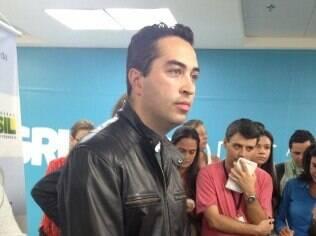 Brasileiro Thiago Silva, de 32 anos, é um dos médicos que atuavam na Argentina e que chegaram hoje a São Paulo