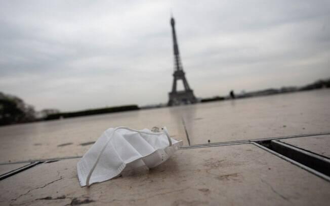 Números de casos confirmados na França já é o quinto maior do mundo