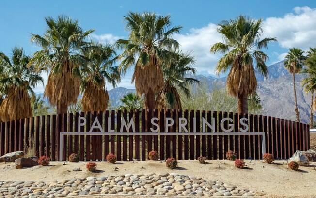 Palm Springs é um lugar cheio de coqueiros perto de Los Angeles, na Califórnia (EUA), e tem várias pousadas naturalistas