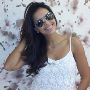 Mariana Rios volta a ficar morena