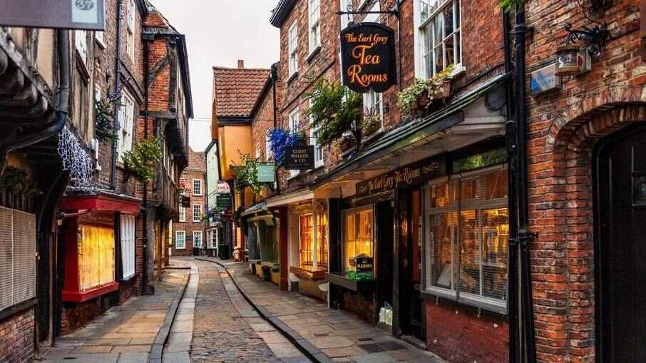 A Rua Shambles inspirou o cenário do filme Harry Potter