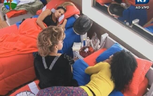 Léo Áquila fala de seus problemas com Monique Evans