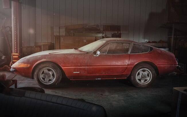 Ferrari Daytona vai a leilão e deverá ser arrematada por algo equivalente a R$ 6,3 milhões por colecionadores de plantão