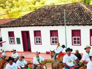 Cavaleiros da região de Itabira participam das comemorações