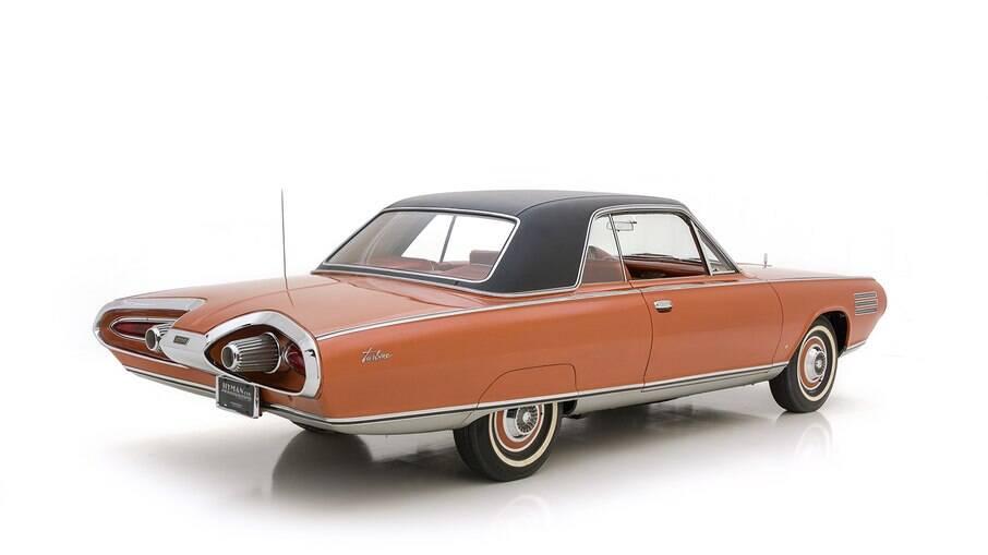 Turbine Car usa motor Chrysler A831 de só 132 cv e brutais 58,7 kgfm.