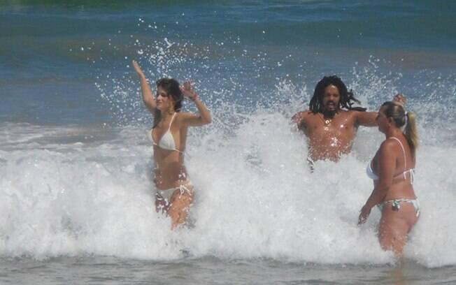 Os dois curtiram o mar juntos