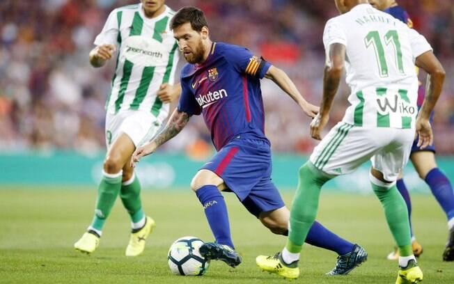 Messi fez boa partida com o Barcelona diante do Betis
