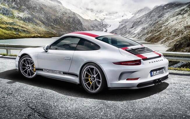 O design do 911 R foi baseado no Porsche GT3