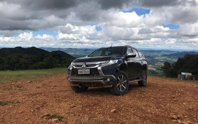 O novo Mitsubishi Pajero Sport mostra que topa qualquer desafio, seja ele na cidade ou no interior