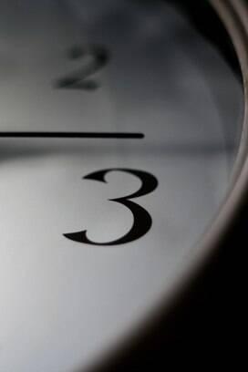 1 - Horas extras são responsável por 55,445 mil processos trabalhistas em tramitação no TST. Foto: scx