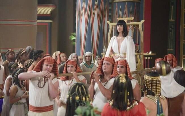 Camila Rodrigues como Nefertari