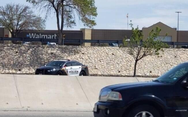 Tiroteio em shopping na cidade de El Paso deixou 18 pessoas feridas