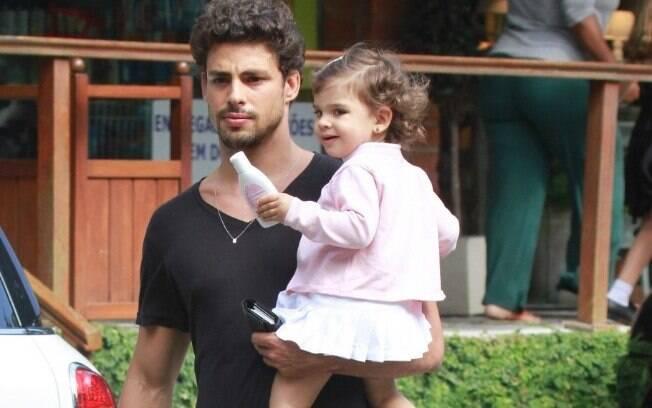 Cauã Reymond e a filha, Sofia