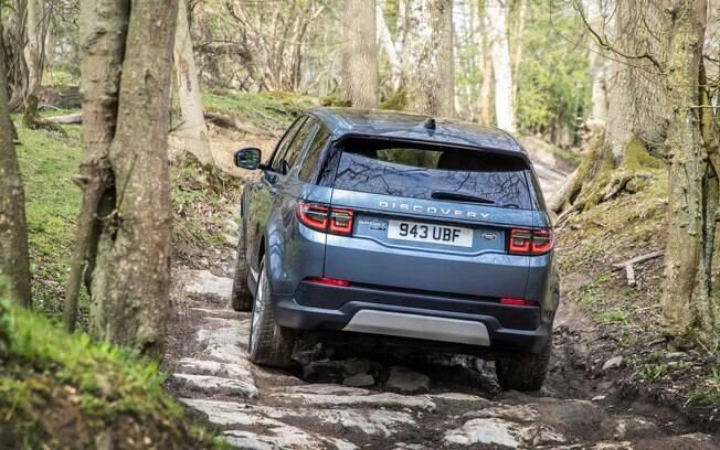 Land Rover Discovery mantém sua característica aventureira na linha 2020