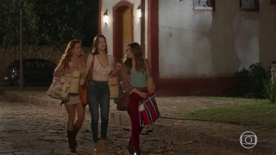 Alexia, Kyra e Luna fogem