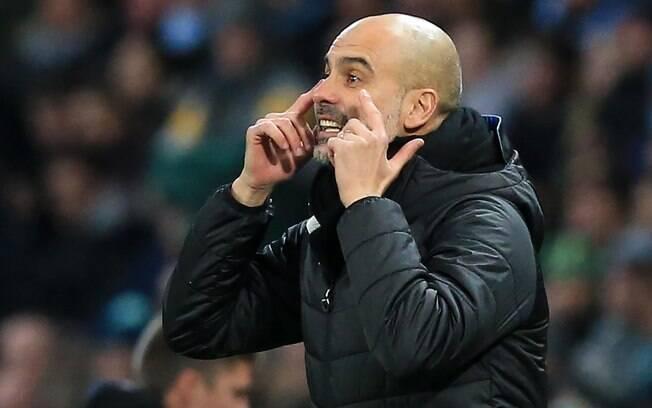 Pep Guardiola atualmente trabalha no Manchester City