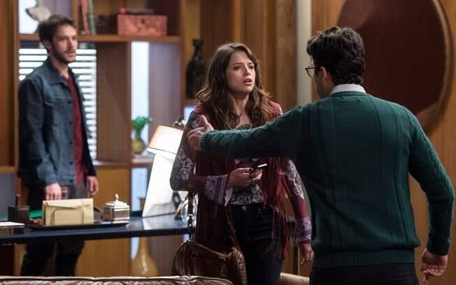 Enéas desmascara Giovanni para Camila