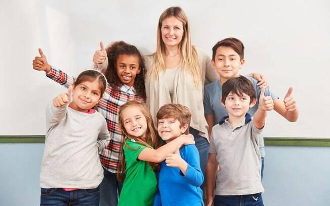 Fazer uma inclusão escolar adequada é fundamental para garantir o desenvolvimento das crianças autistas