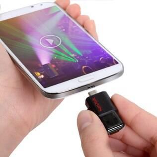 SanDisk Ultra Dual USB Flash Drive foi desenvolvido para transferir e fazer backup de conteúdo entre dispositivos móveis e computadores