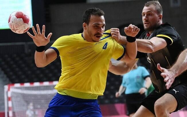 Brasil perde para a Alemanha e acaba eliminado no handebol masculino