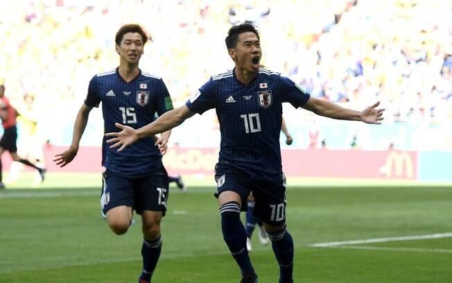 59e37ca0fc Kagawa abriu o placar para o Japão contra a Colômbia
