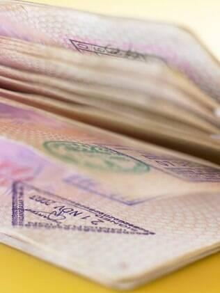 Se o seu passaporte for roubado ou extraviado, faça o boletim de ocorrência e vá ao consulado ou embaixada