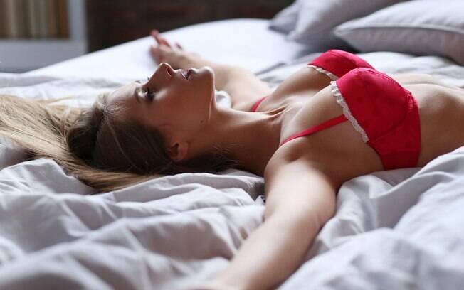 Entre as dicas do casal para orgasmos estão comunicar-se mais com o parceiro, para saber o que ambos gostam no sexo
