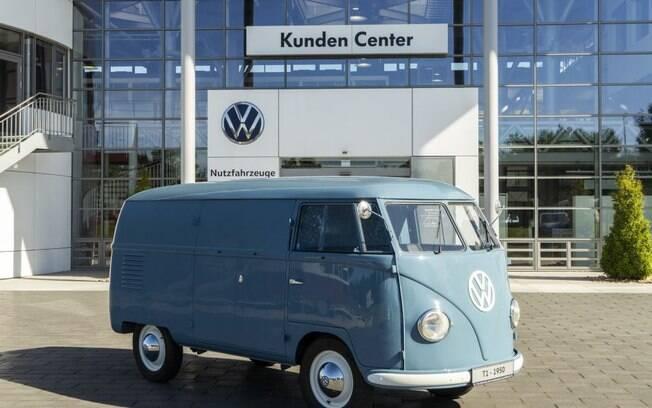 VW Kombi mais antiga do mundo já foi van de transporte, já foi carro de coleção e agora é peça de museu