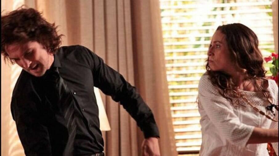 Bibiana vai tirar satisfação sobre prisão de Hélio e agride Alberto