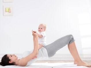Aproveite seus exercícios para brincar e interagir com seu bebê