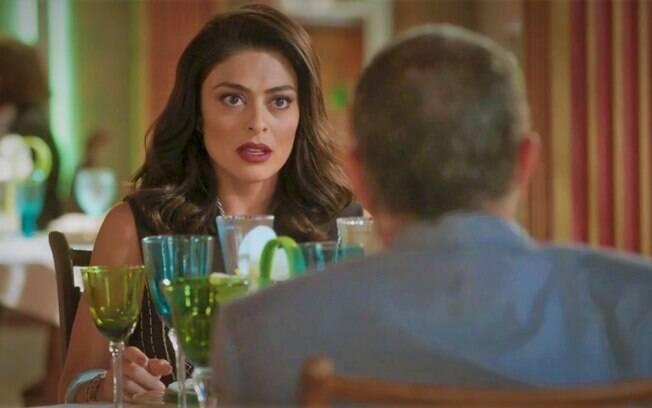 Germano conta a Carolina que desconfia ser o pai de Eliza, em Totalmente Demais