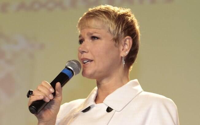 Xuxa assina pacto contra exploração infantil