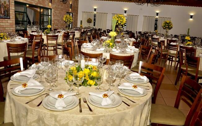 A cantina tia lina, em São Roque, também faz festas de casamento