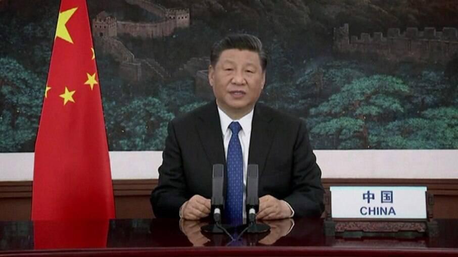 Xi  Jinping mandou indireta aos Estados Unidos com sanções comerciais feitas ainda sob comando de Donald Trump