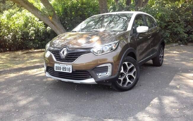 Renault Captur 2.0 Intense é um belo SUV.  Mas a pintura de dois tons é um dos dois opcionais disponíveis no modelo