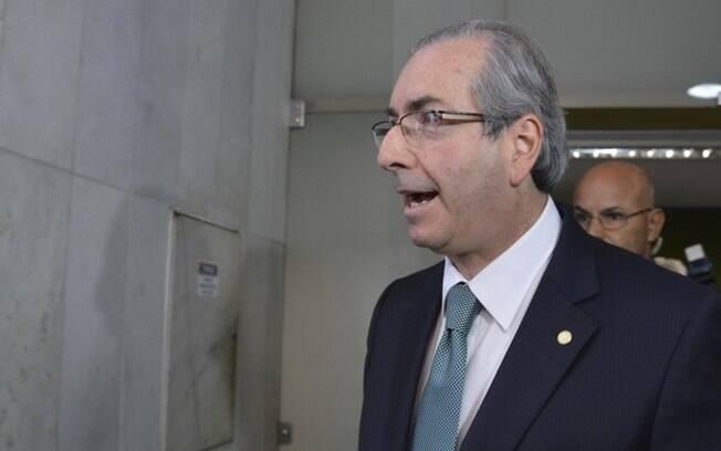 Cunha após falar com imprensa sobre rompimento com o governo Dilma, nesta sexta-feira