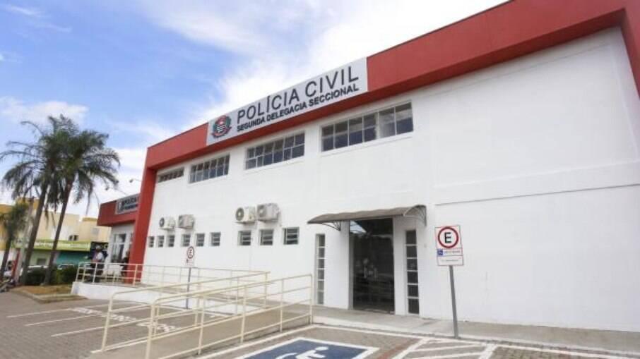 Polícia Civil investiga assalto sofrido por motorista de app.