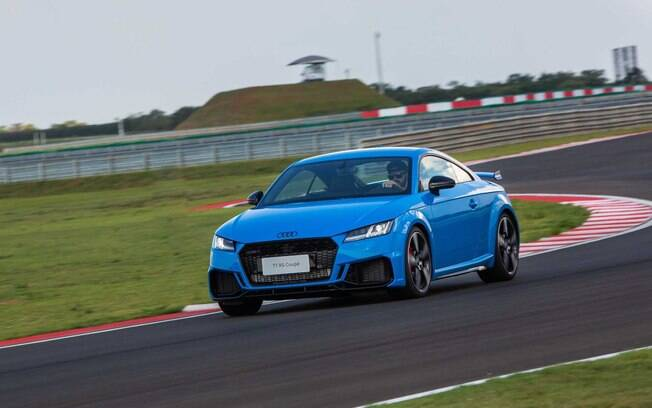 Audi TT RS parte de R$ 442.990; perua RS4 Avant custa R$ 585.990, enquanto RS5 Sporback tem preço base de R$ 605.990
