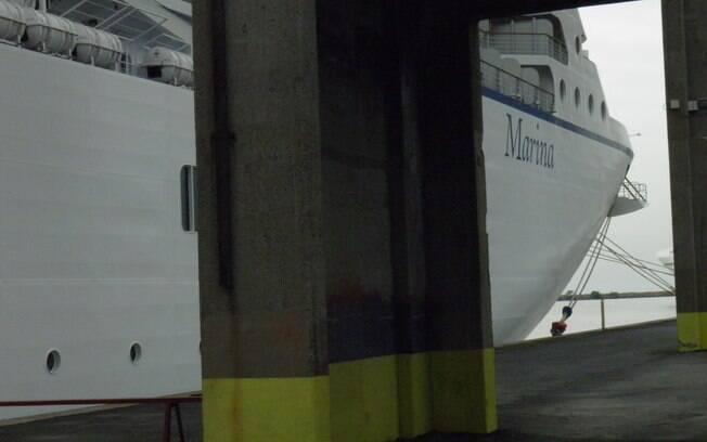 Marina ancorado no porto de Buenos Aires, ponto final da minha viagem