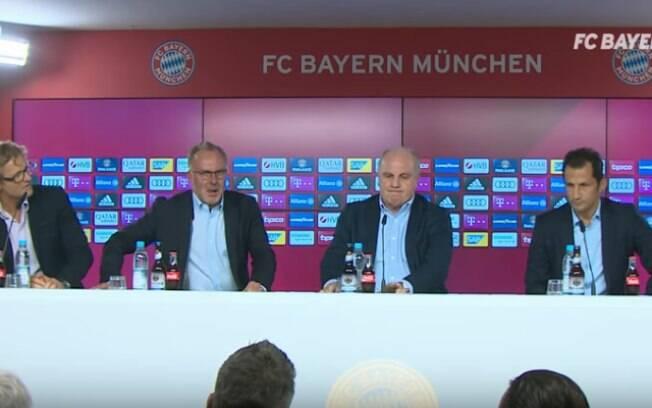 A diretoria do Bayern de Munique se reuniu para rebater críticas ao elenco