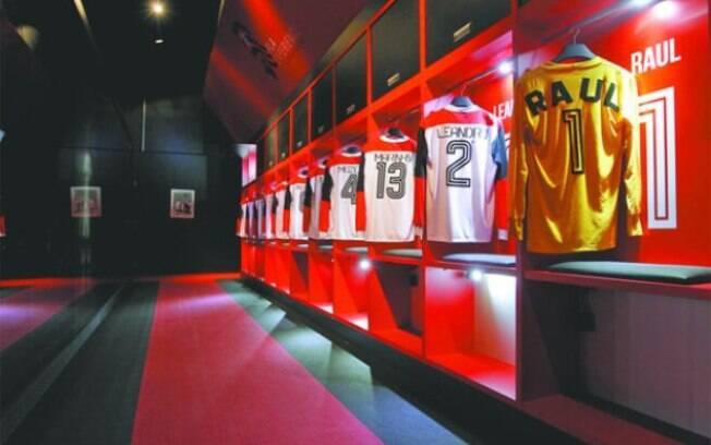 Camisas do Flamengo do time histórico de 1981