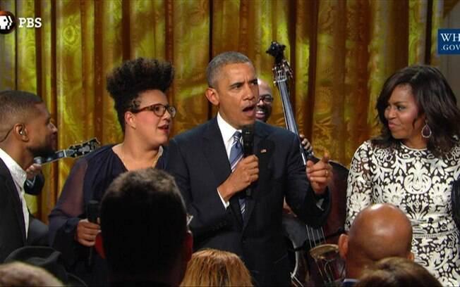 Obama acabou cedendo aos apelos do público presente na exibição