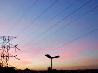 Governo deve aumentar em 83% teto de cobrança extra da energia