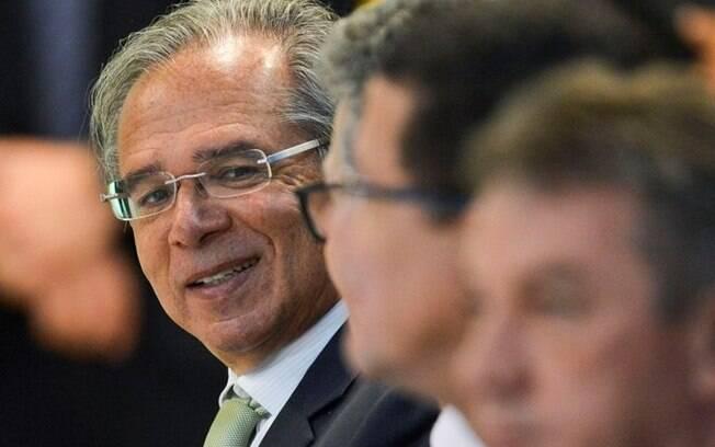 Paulo Guedes não foi à CCJ após ter confirmado presença para discutir Previdência
