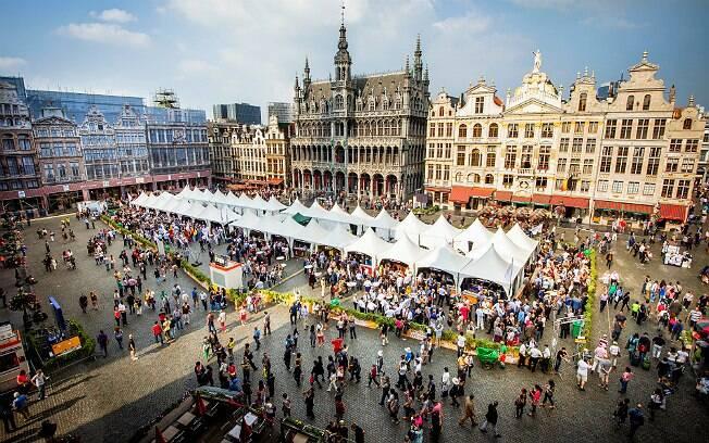 Belgian Beer Weekend de 2014, tradicionalmente realizada na Grand Place, em Bruxelas (Bélgica)