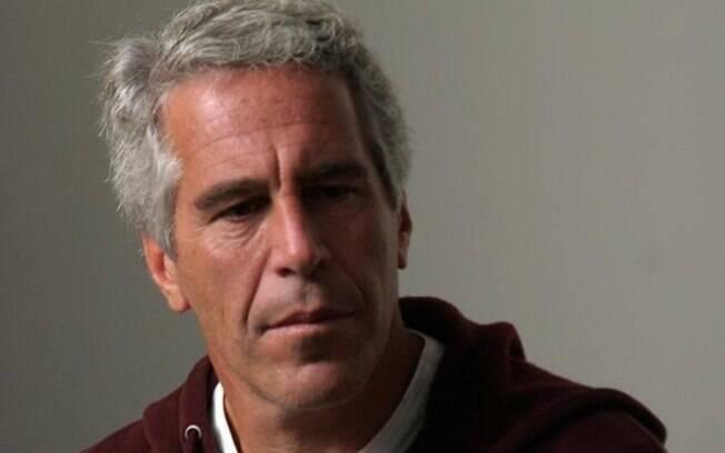 Jeffrey Epstein é acusado de operar uma rede de exploração sexual de meninas