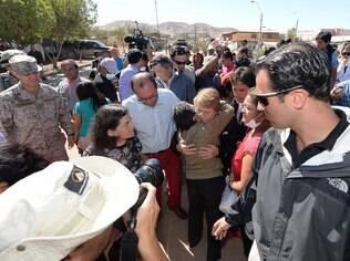 Presidente Michele Bachelet visitou vítimas da enchente na região do Atacama