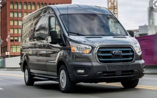 A Ford está investindo US$ 100 milhões para a produção exclusiva da E-Transit, sua van de última geração